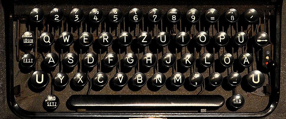 typewriter-1782062.jpg