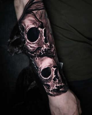 Skulls arm1.jpg