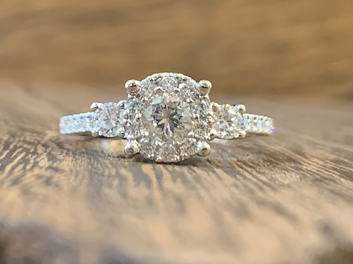 Round Diamond Ring with Diamond Halo