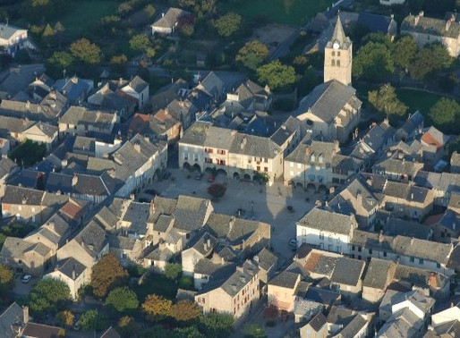 Visite de la bastide royale de Sauveterre de Rouergue