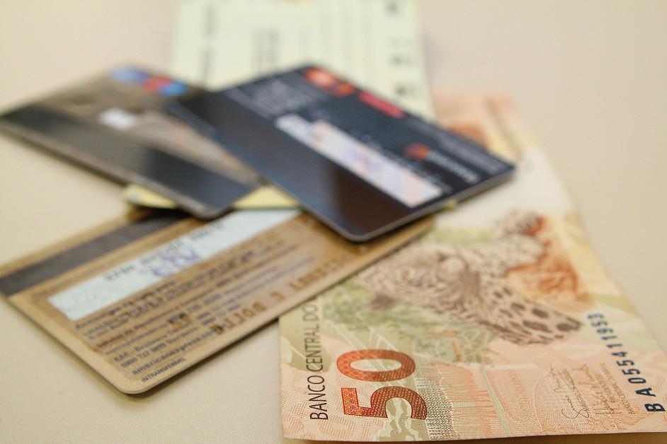 STF determina que valor cobrado em cartão ou dinheiro deve ser igual