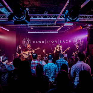 IMG_4933Hawthorn Avenue Live at Clwb Ifor Bach, Cardiff.JPG