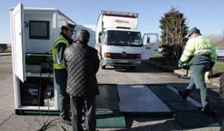 La Dirección General de Tráfico ha comenzado a hacer inspecciones técnicas a camiones y furgonetas.