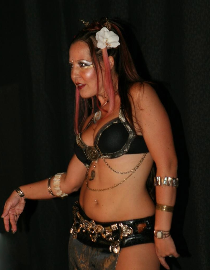 Burlesque Belly Dance