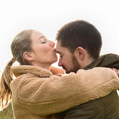COUPLE & ENGAGEMENT