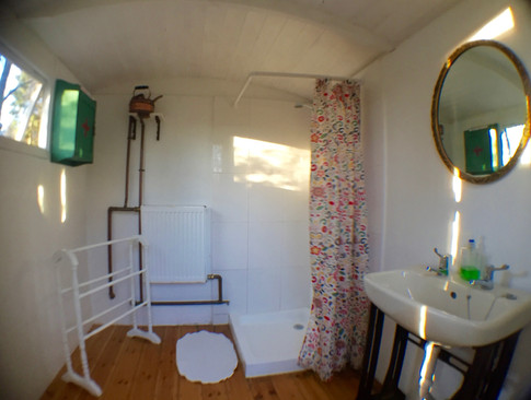 Shepherds Hut Shower