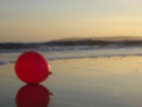 BallonOnBeach.jpg