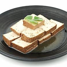 Braised Tofu 卤豆腐