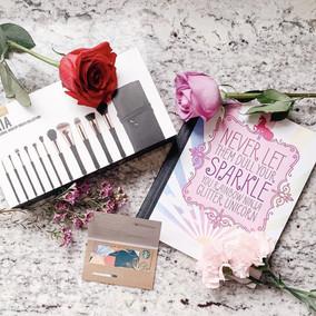 Makeup Brush Box Design