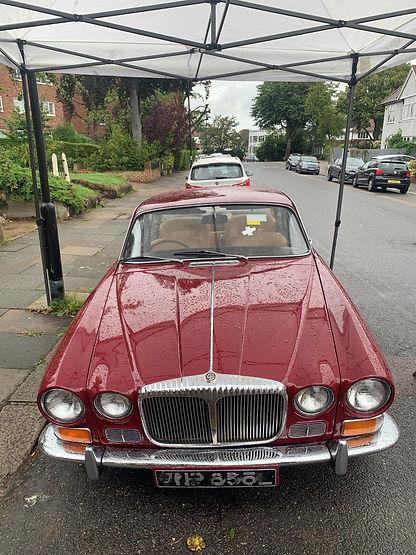 Classic Jaguar XJ6  Windscreen Replaced