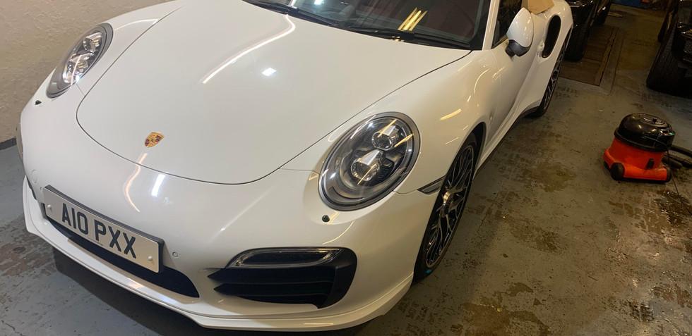 Porsche 911 Quarter Glass .jpg