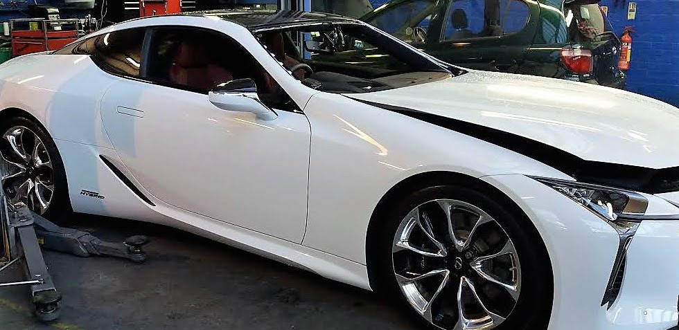 LEXUS LC 500H Windscreen Ready For A New