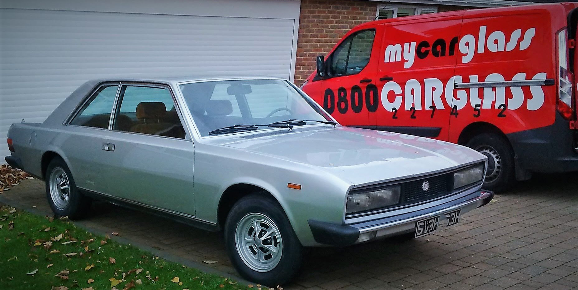 Fiat 130 Coupe 1969 - 1977  Windscreen R