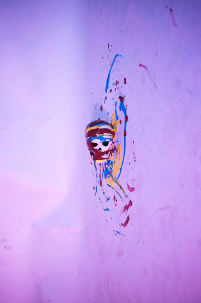 Damien Hirst (Floating Skull)