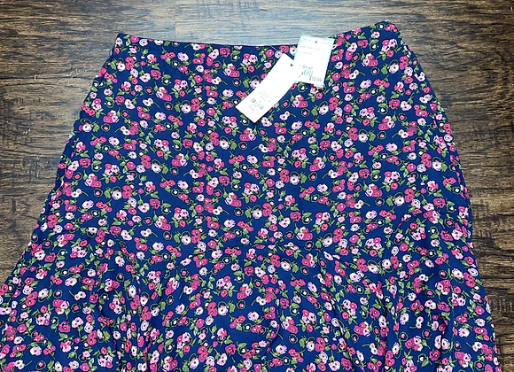 Ladies small Francescas Skirt
