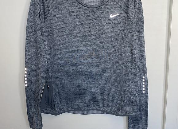 Ladies Medium Nike Top