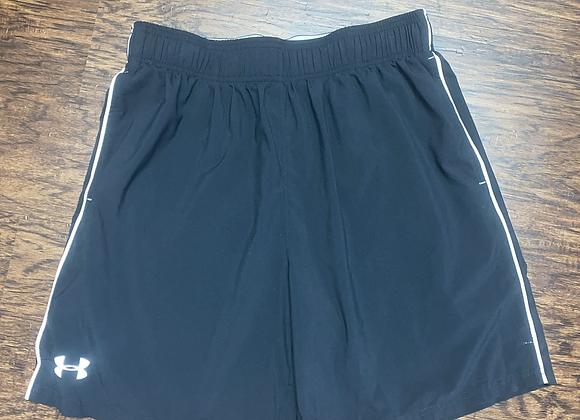 Men's Large Under Armour Shorts