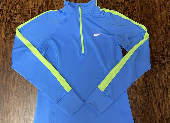 Ladies Medium Nike Pullover