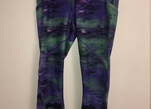 Ladies 8 Lulu Lemon leggings