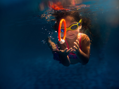 Little S with her mommy | UnderwaterKids Photography India