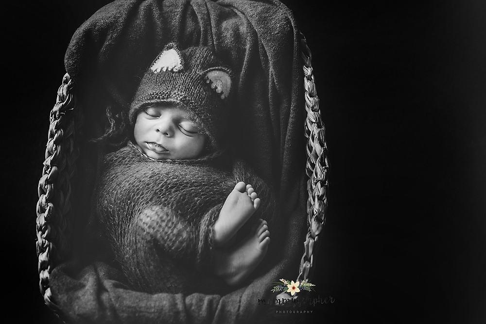Newborn Photographer n Mumbai