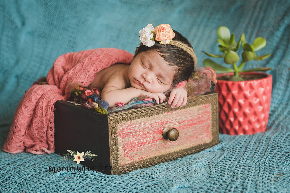 Newborn Photographeir n Bangalore