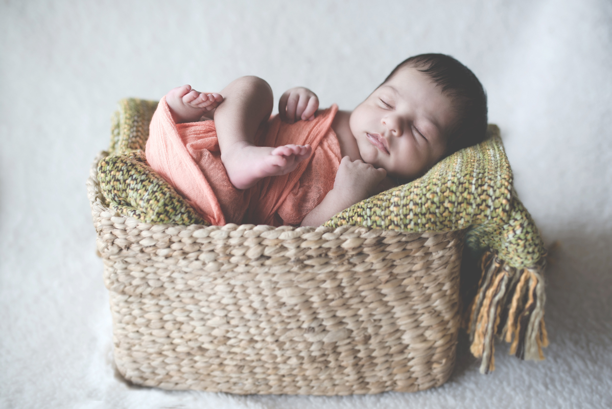 Newborn Photographer in Delhi, NCR