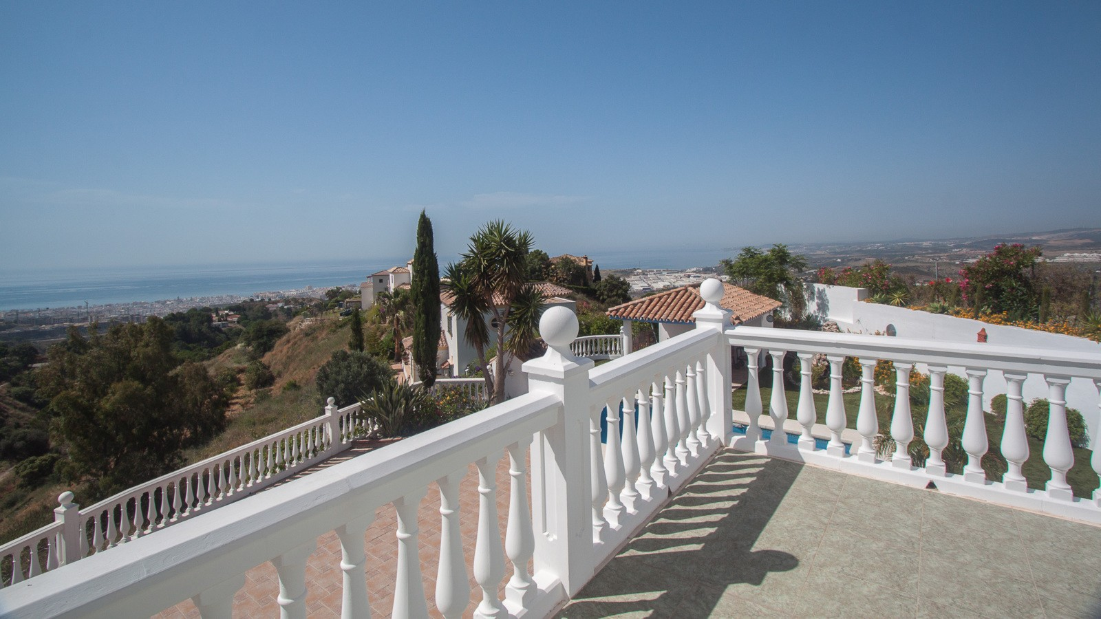 Holiday villa estepona spain