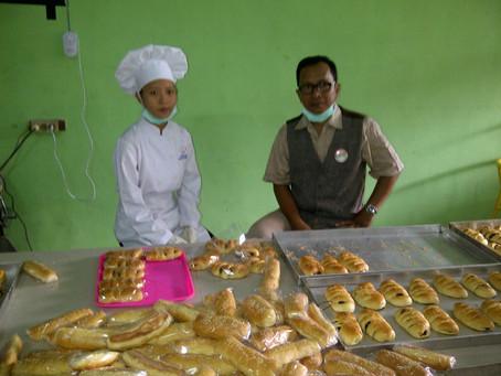"""Srikandi Bakery"" , SMK Sadar Merk . Case Study SMKN 3 Pamekasan"