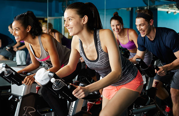 people-enjoying-spinning-class-1_jpg-600
