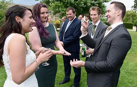 wedding magician1.jpg