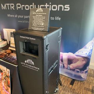 selfie print station