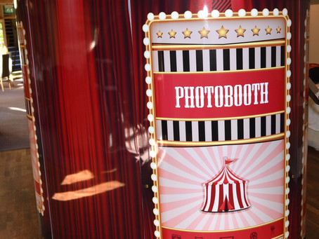 5 Tips To Consider Before Booking a Photobooth