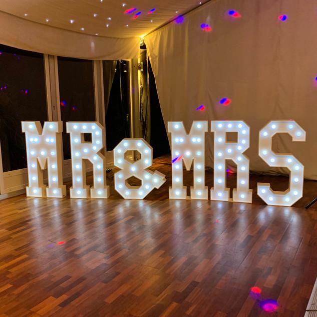 MR&MRS light up letters