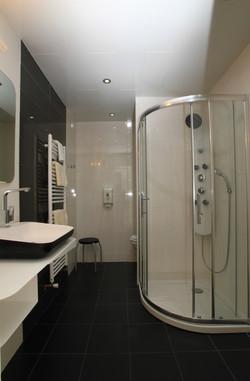 salle de bain chambre twin 206