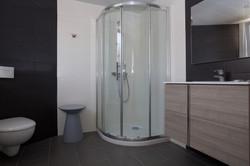 salle de bains chambre 209