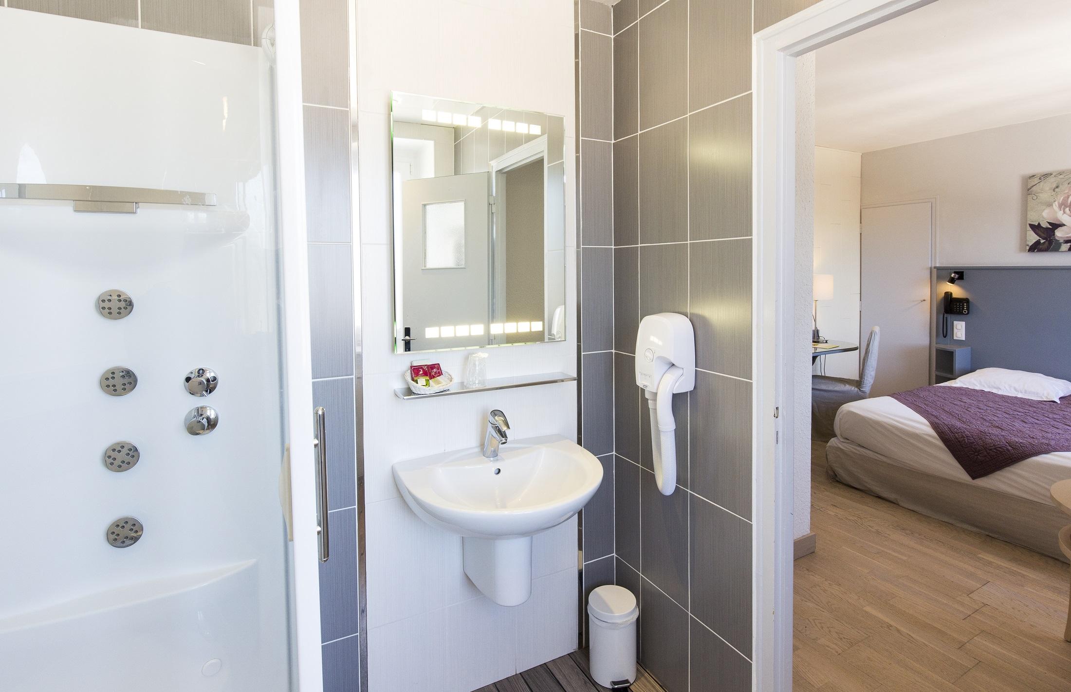 salle de bains chambre moderne 108