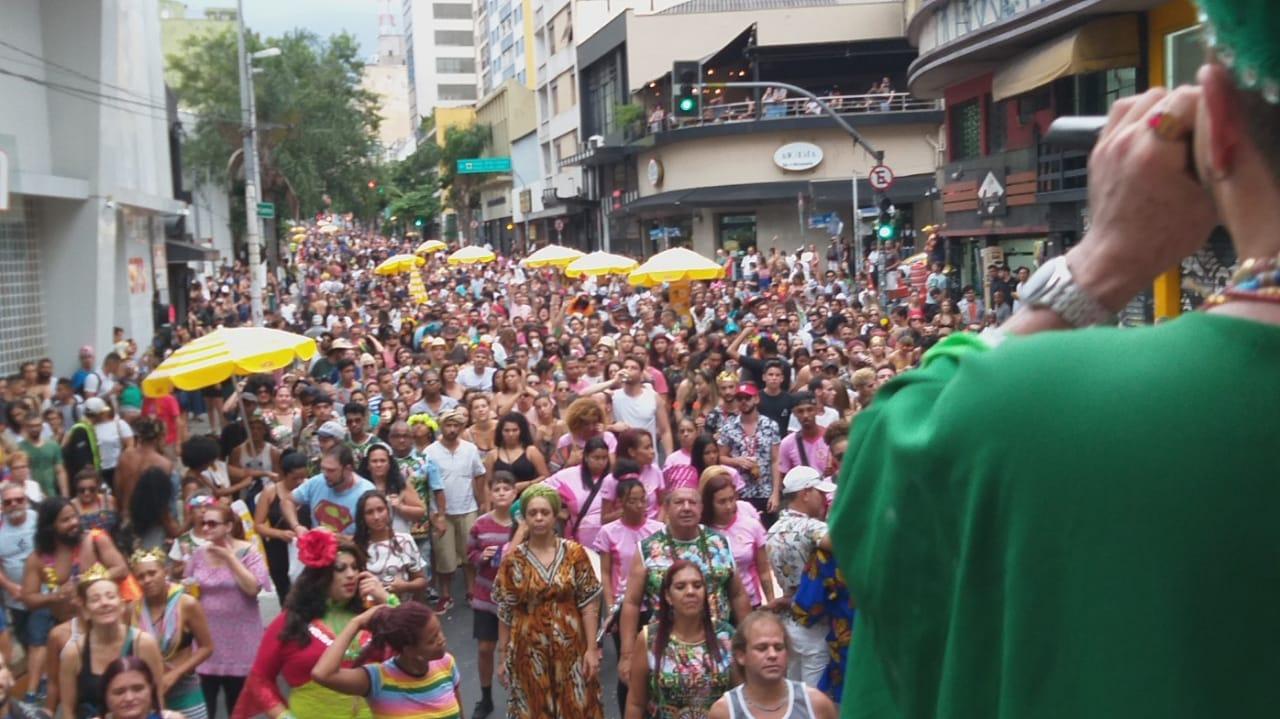 BLOCO EU SOU DO AXÉ 2019 NA RUA AUGUSTA EM SÃO PAULO