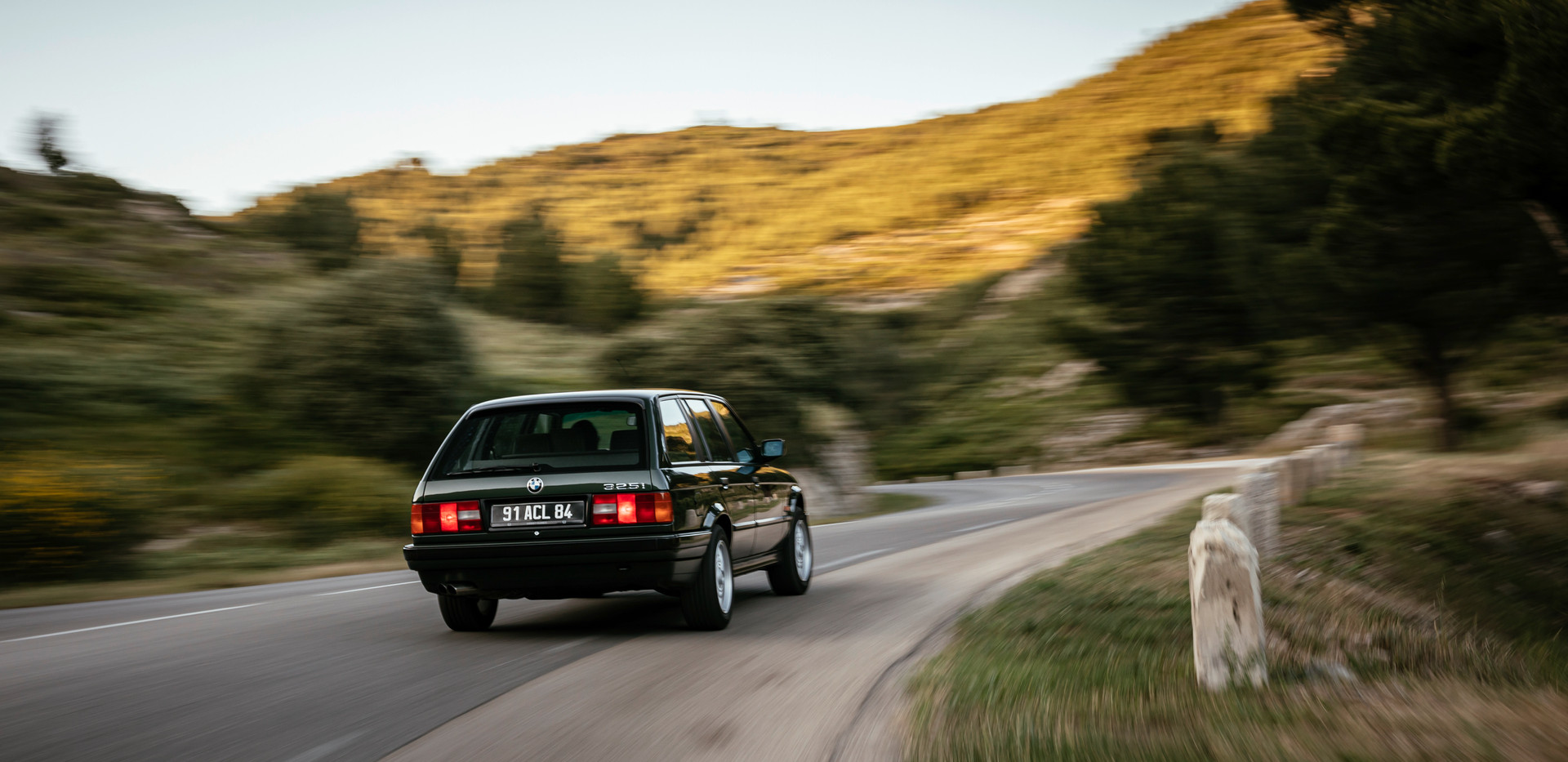 BMW_325i_55.jpeg