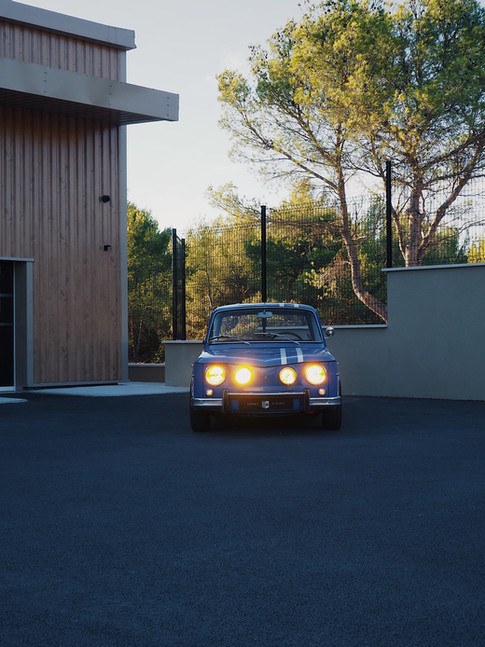 Renault R8 1