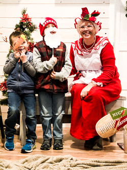 Christmas at Mady & Max