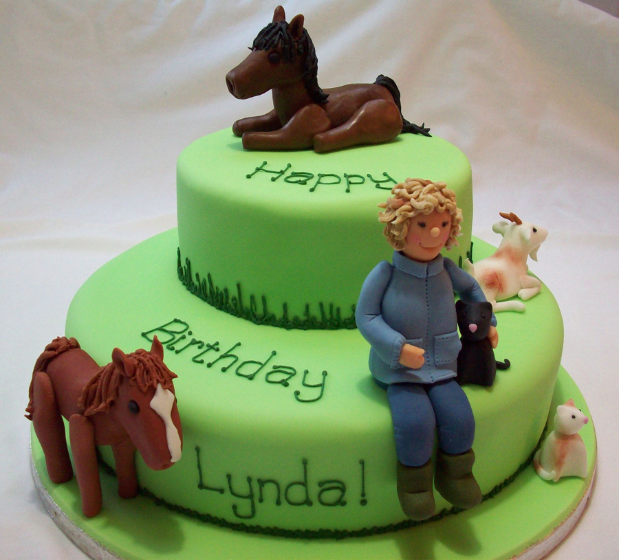 People & Animals on Cake