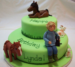 People & Animals on Cake
