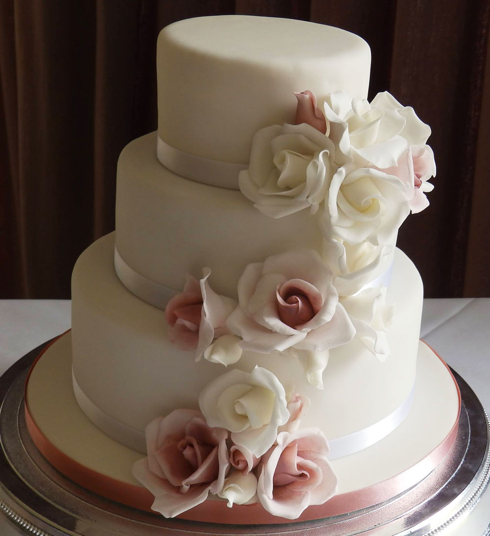 Gorgeous Designer Wedding Cake