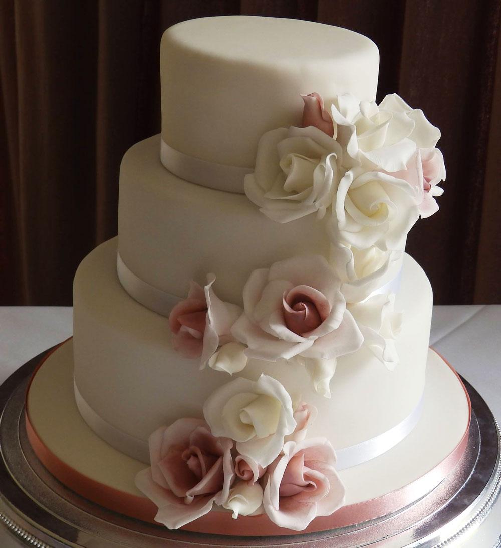 Gorgeous Designer Wedding Cake