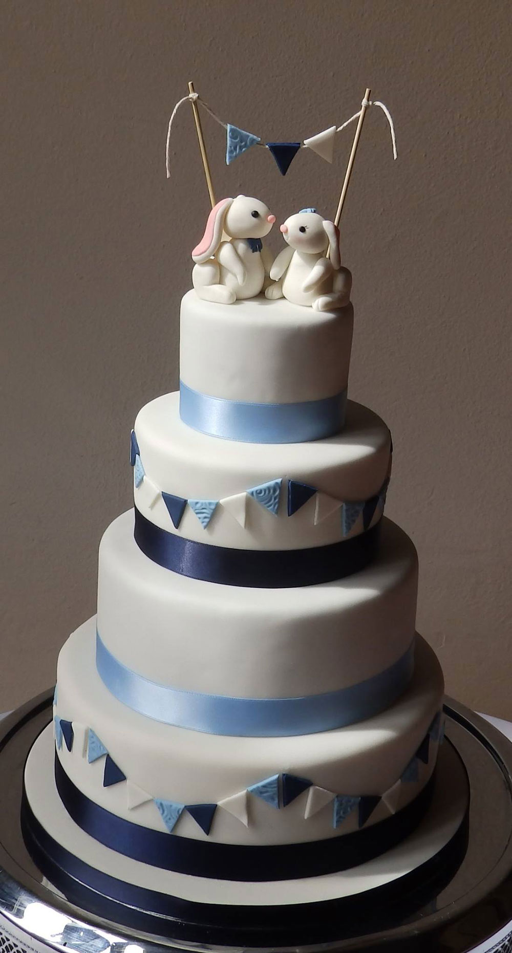 Cake with Personalised Bunny Toppers