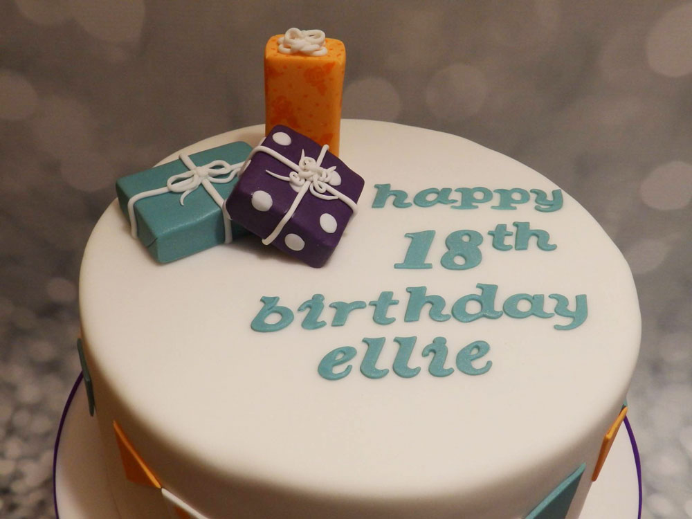 Simple Personalised Birthday Cake