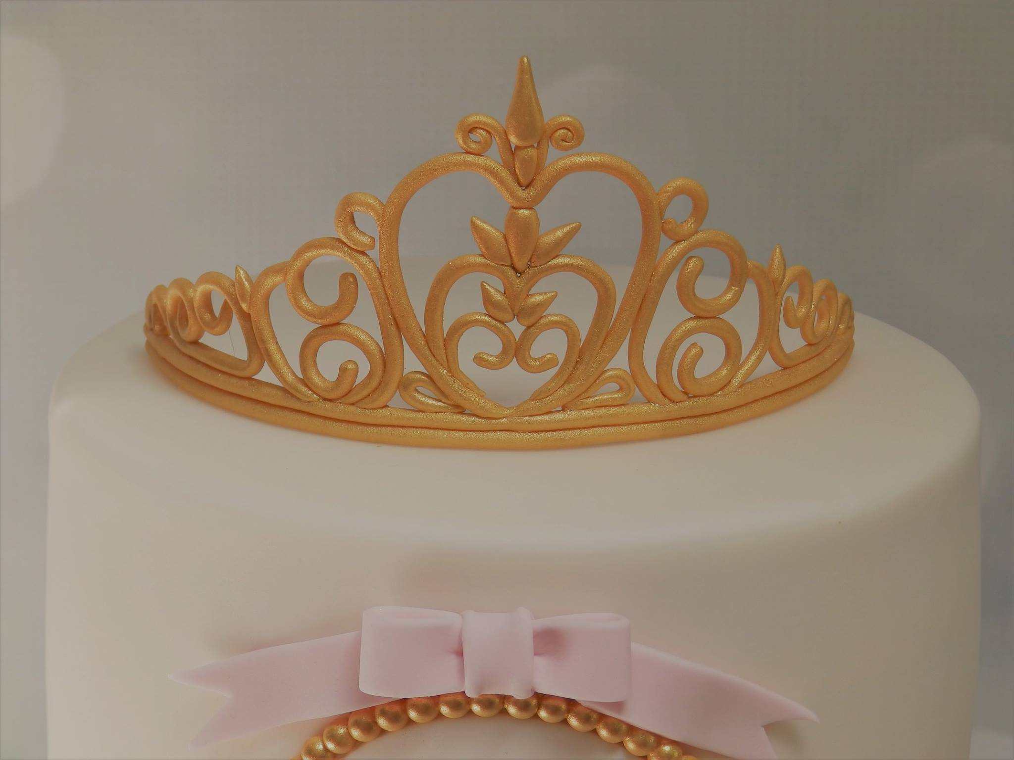 Cake with Edible Tiara