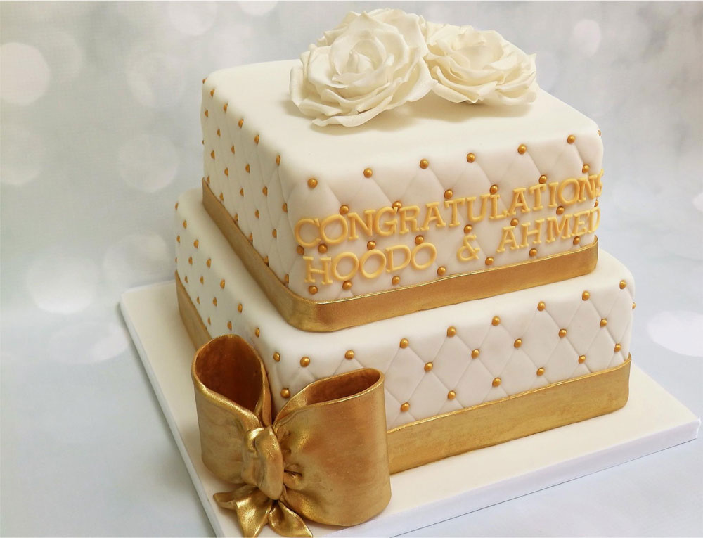 Beautiful Personalised Wedding Cake