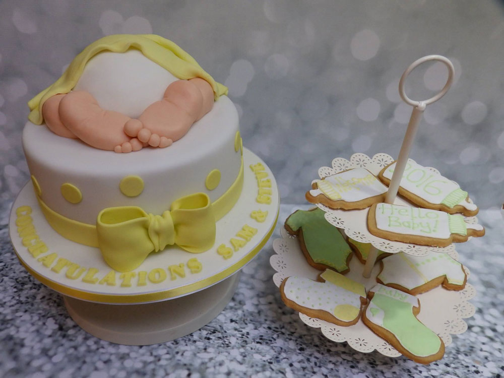 Baby Shower cake and cookies